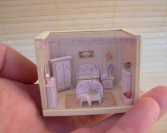 Dollhouse... miniatures... Scale 1 / 144 bedroom