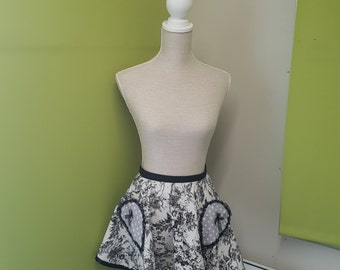 Retro Apron - Black and Grey with polka dot pockets and tie