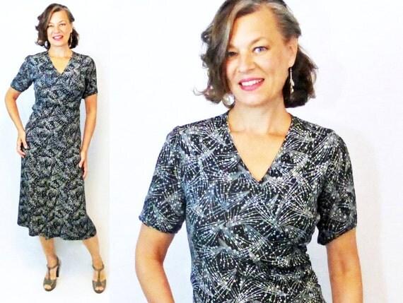 "30s Dress / 1930s Dress / 30s Day Dress / 1930s Day Dress / Day Dress / Novelty Print Dress / Rayon Dress / 40s Dress / 1940s Dress / W 27"""