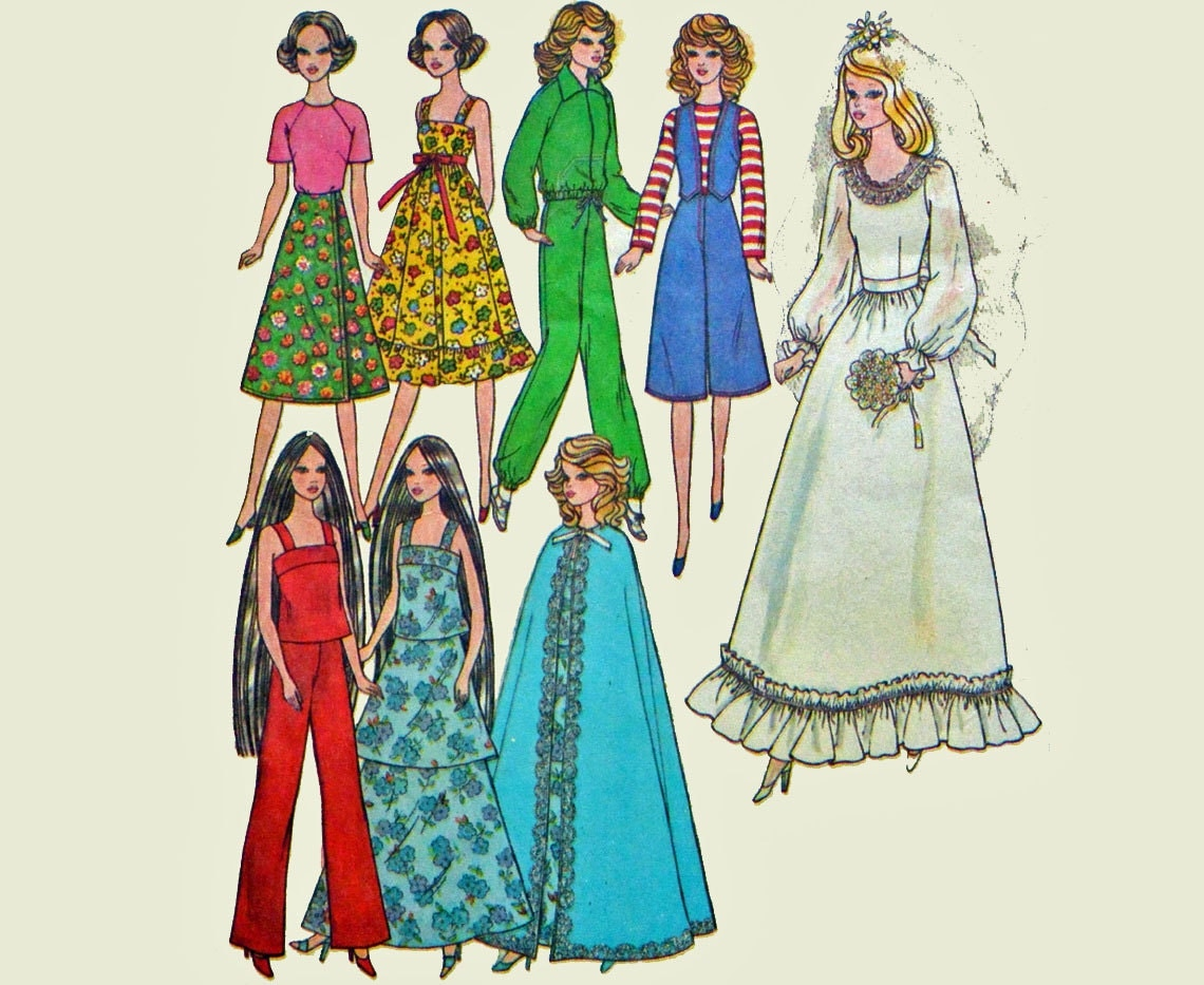 Vintage Barbie Clothes Pattern Uncut Simplicity 8281 Barbie