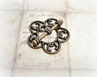 Antique Bronze Ornate Flower Shape Toggle Clasp