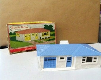 PLASTICVILLE U.S.A. Ranch House Kit- Original Box-Bachman Bros-Scaled to O and S Guage-Model Railroads-Trains Hobbies-Buildings-1950 Vintage