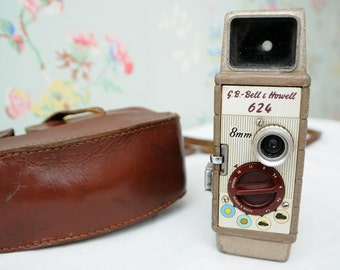 G.B. Bell and Howell 624 8mm Movie Camera