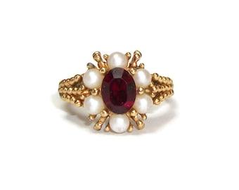 Avon Gold Tone Faux Ruby Garnet Pearl Ring Size 7 1/2 Ring - Red Rhinestone Ring - January July Birthstone