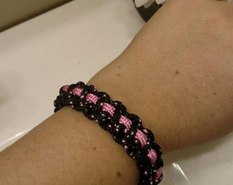 Pink and Black Thin Paracord Bracelet