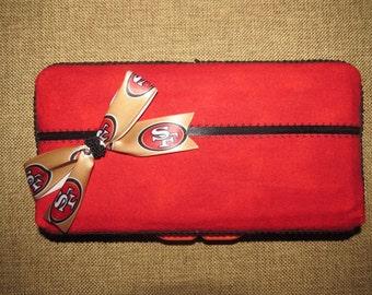Girly 49ers Wipe Case