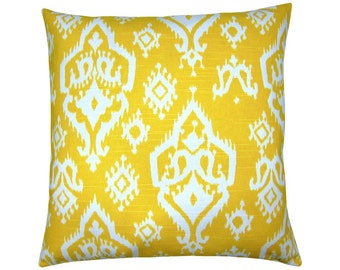 RAJI Ikat pillow cover yellow white linen look 60 x 60 cm