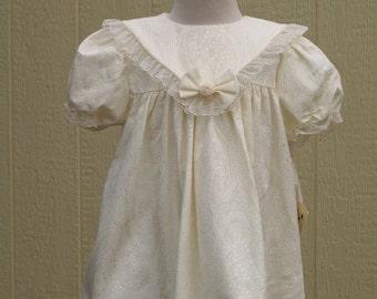 Baptism short Dress Ivory brocade Size 3T 4T, Vintage Jacquard Good Lad Ivory dress, special occasion dress ivory,Christening,Wedding,Collar