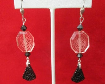Pair of Vintage Deco Czechoslovakian Glass Earrings