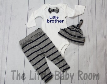 Boys Coming Home Outfit Set,Little Brother,Leggings Hat Onesie,Bow Tie,Personalized,Boys Leggings,Boys Onesie,Gray,Navy,Boys Leggings,Stripe
