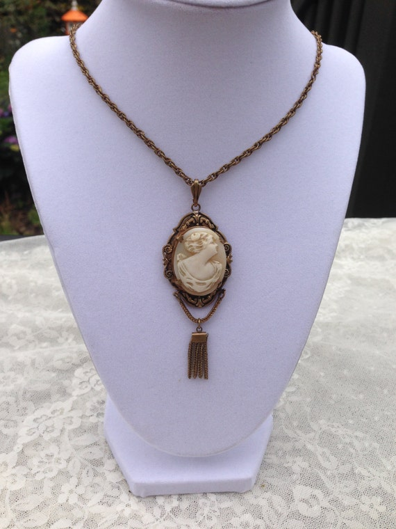 Victorian Antique Shell CAMEO with Tassel Gold Tone Necklace GORGEOUS