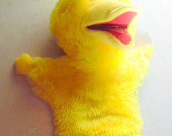 Vintage Sesame Street BIG Bird puppet by Applause.  Made in Korea. Very good condition