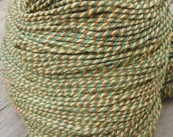 Handspun Yarn, 100% Merino wool. 9.8 oz, 475y