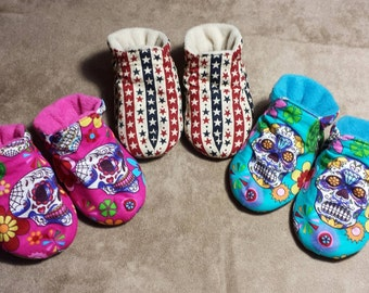 Soft sole Baby bootie slipper shoes.