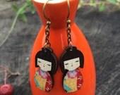kokeshi doll earrings - Wooden doll earrings - Matryoshka doll earrings - cute doll - green flower pattern earrings - modern earrings