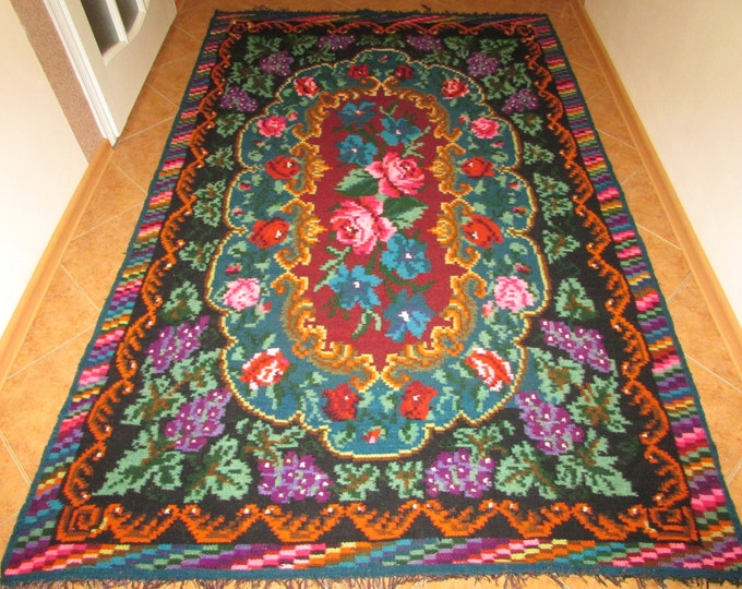 Antique flat woven Romanian Bessarabian carpet, kilim, antique wool carpet from Moldova