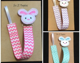 Bunny Pacifier Clip, Bunny Paci Clip, Easter Pacifier Clip, Spring Paci Clip, Bunny Feltie Clip, Chevron Pacifier Clip, Baby Shower Gift