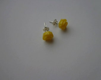 Handmade earrings-handmade earrings.