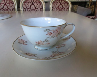 JAPAN ARITA FUKAGAMA Teacup and Saucer