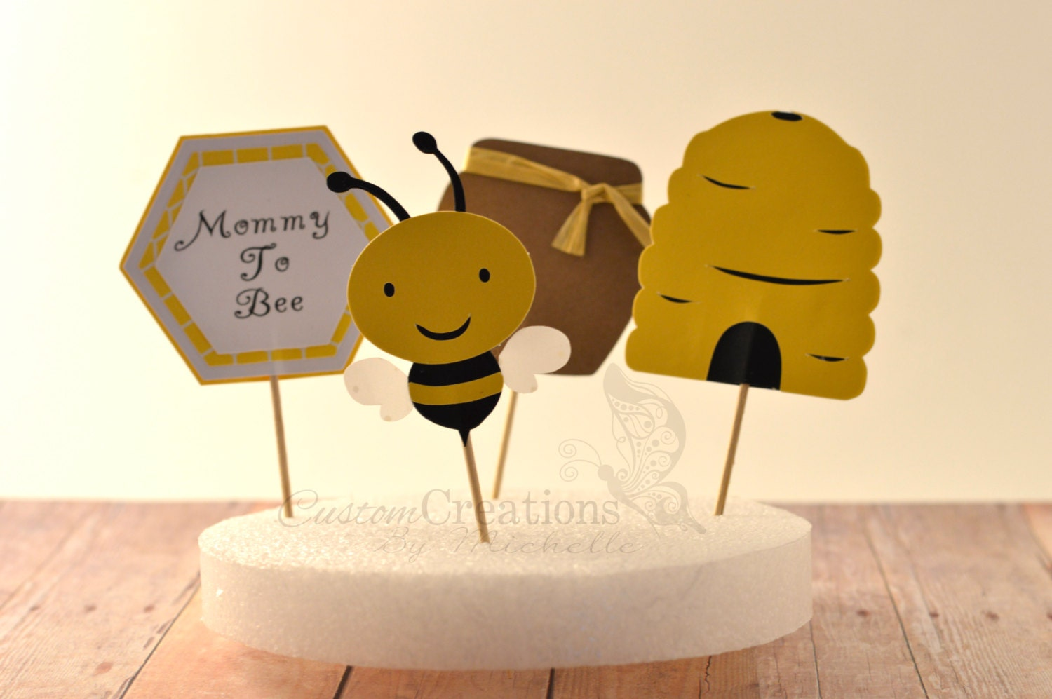 mommy to bee baby shower 12pc cupcake toppers. Black Bedroom Furniture Sets. Home Design Ideas