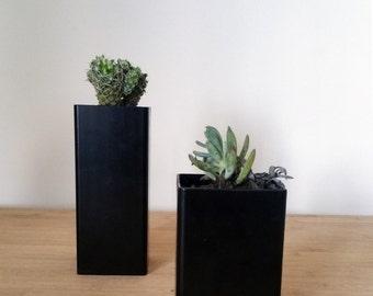 Steel table top planter, rectangluar cuboid