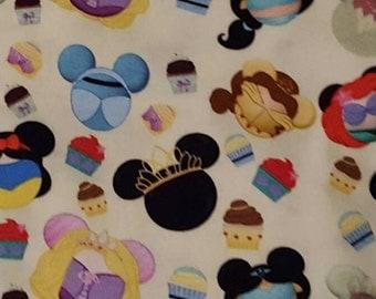 Disney Princess heads infinity scarf