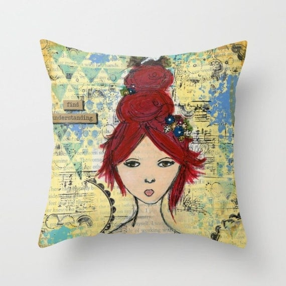 Throw pillow. Indoor or outdoor.