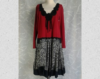 dark red,black,ivory,refashioned dress,repurpose,lacy,cotton stretch,2XL-3XL plus,oversize,upcycled,long sleeve
