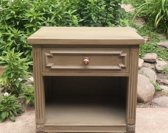 Grey Painted Nightstand , Grey Side Table, Grey Vintage Table , Mid Century Table , Mid Century Nightstand , Up-cycled NIghtstand