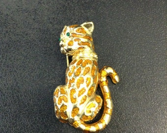 Leopard brooch