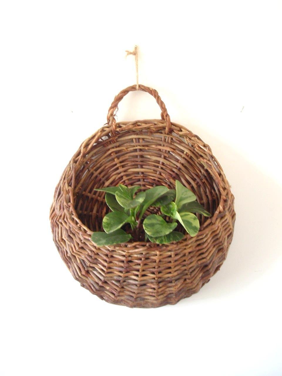 Large Boho Woven Willow Wall Basket/ Round Hanging Basket