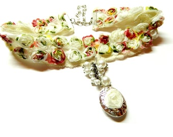 """Romantic lace choker """"Rose Garden"""", multicolored fabric flowers, silver style oval locket two photos, chain, various sizes artificial pearls"""