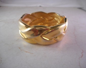 Vintage Gold Tone Clamper Cuff Bracelet  Woven Braided Design