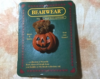 "Boyds Bears Alden ""Trick or Treat"" Bearwear Pin"