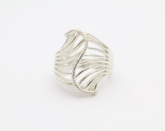 Vintage Openwork Turban Ring in Rhodium-Plated Sterling Silver Size 4.5. [9271]