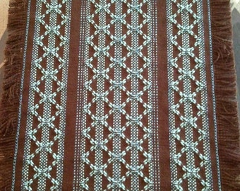 Diamonds~Swedish Weave Table Runner Pattern