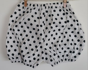 Hanmade Baby Bloomers - White with Black Polka Dots