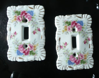 2~Vintage Light Switch Plate ShaBBy Covers! ROSES~Porcelain~SwEEt & Practical! Wall~SwitchPlate~Decorative Outlet Cover! Great Condition!