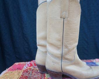 Vintage Fryes Campus Cowboy Boots / 70s Fryes Western Boot / Boho Riding Boots / 70s Campus Boots Sz 7B / Dexter, Justin, Tony Lama
