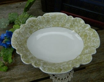 Antique Victorian Marx & Gutherz Carlsbad China - Austria - Scalloped Oval Serving Bowl