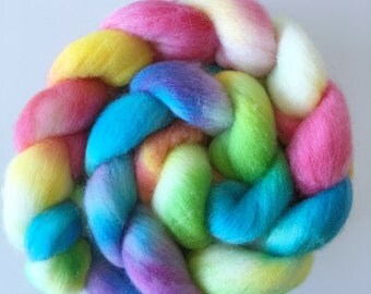 Hand dyed Castledale tops Spring Gardens roving spinning felting 100g rainbow colours
