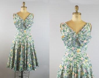 1950s Summer Floral Dress  / 1950s Dress / 50s Cotton Dress
