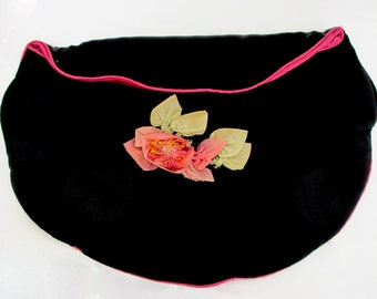 Delightful Vintage 1930's 40's Black Pink Satin Nightdress Lingerie Case Pouch