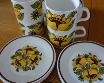 J G MEAKIN STUDIO Pottery form the 1970's six cups six saucers and six side plates Bermuda