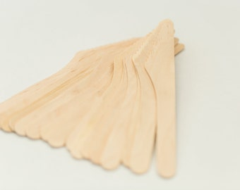 25 Disposable Wooden Knives