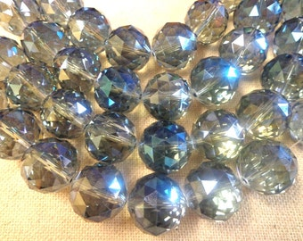 Round Crystal on Sale!!!! 18m/ 12 pc short strand!!!!