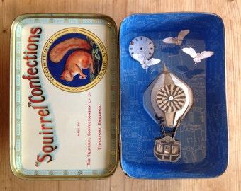 Squirrel Diorama Tin with Hot Air Balloon