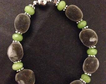 "Hawaiian Big Island Mgambo Seeds and Peridot Bracelet or Anklet ~ Custom Sizes 5""-14"" ~ 5 Clasp Options"