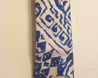 Hawaiian tie, from Hawaii, Kanaka tie, blue and white