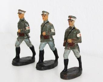 3 x Vintage Elastolin Toy Soldiers Military Medic Team